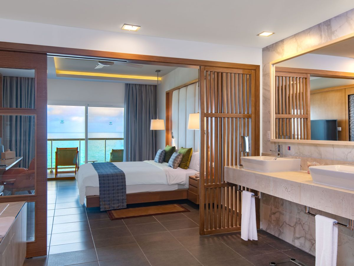 Junior Suites with Sea View