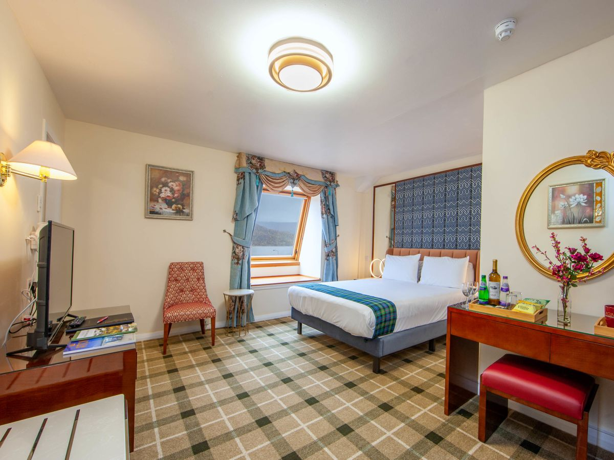 Junior Suite with Loch View